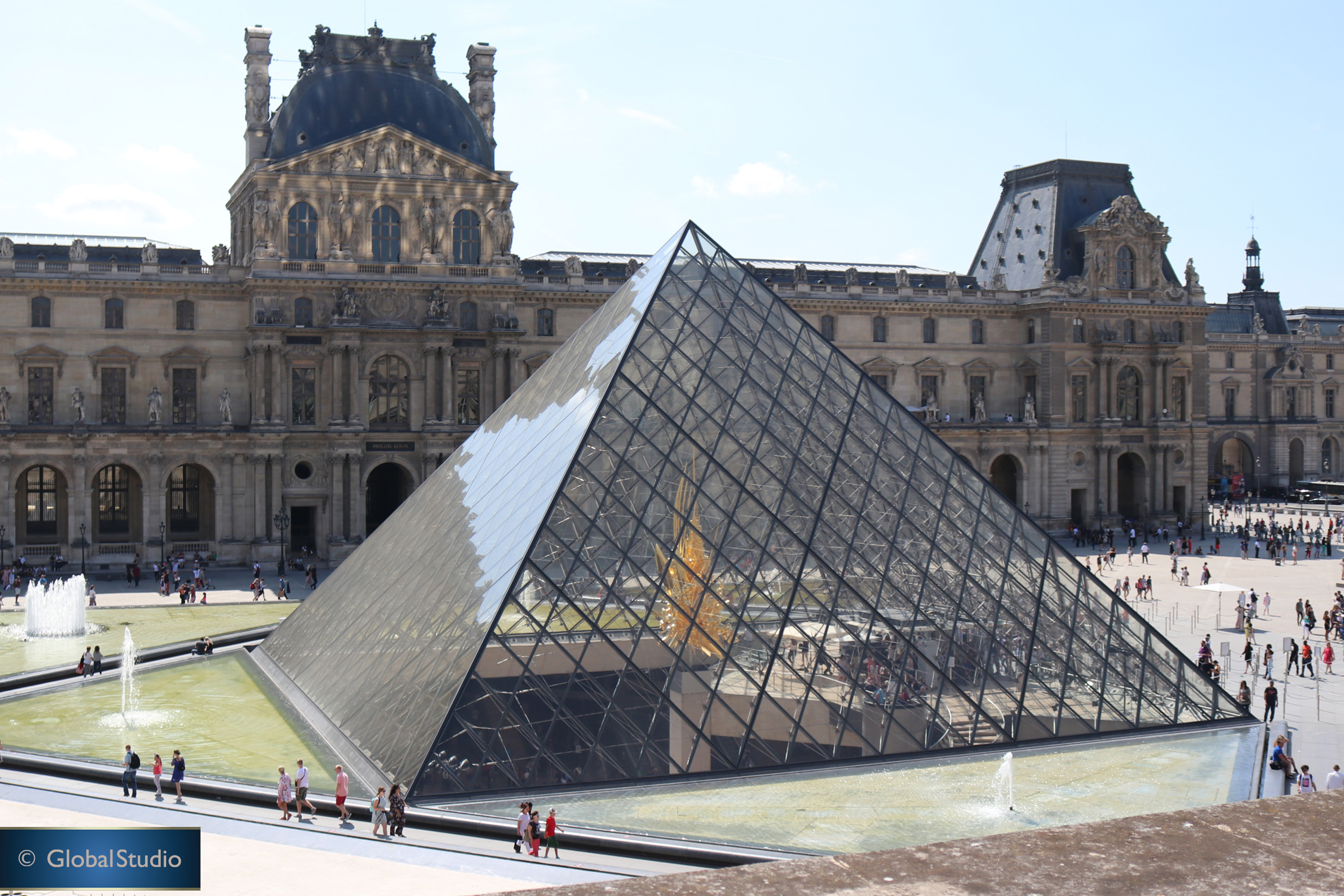 Paris-Pyramid-c-Global-Studio-Michael-K-Reynolds